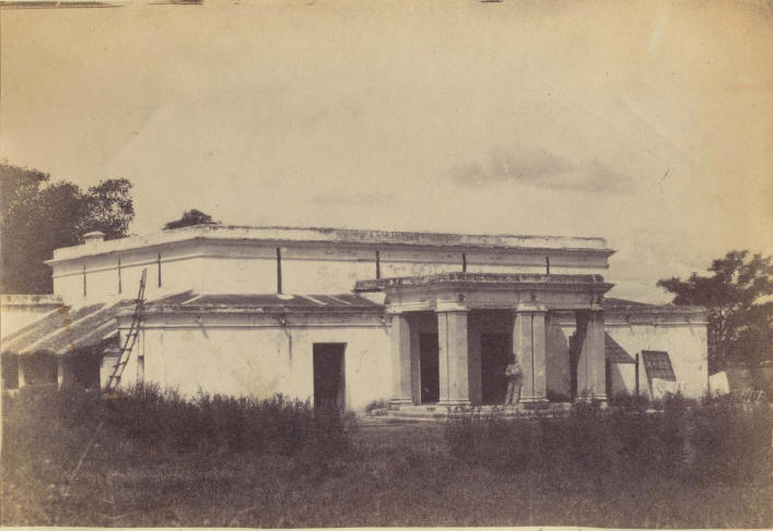 Telegraph Bungalow, Indore
