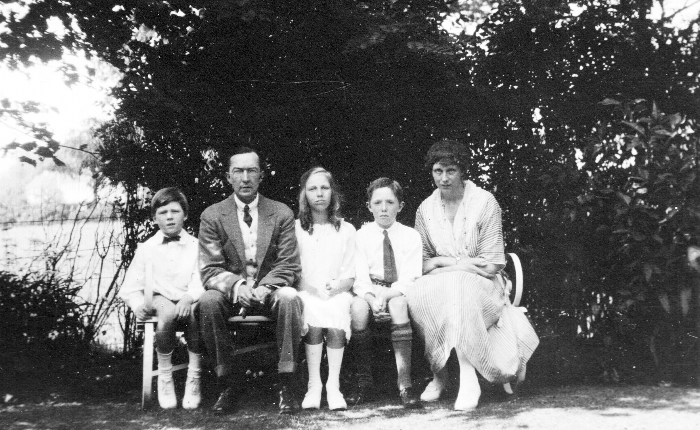 1922 Morgan, Harry, Eleanor, Frank and Nora