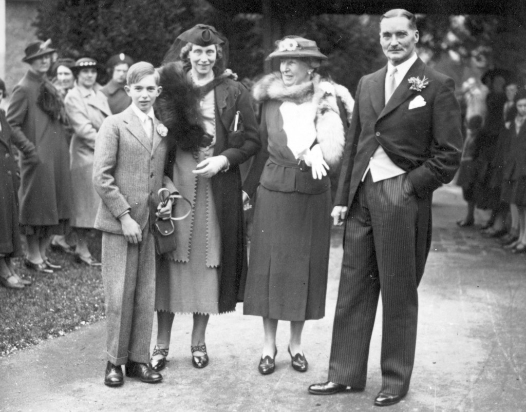 1938 Peter Man's Wedding Nora Man and Beryl Man with Leland Crosthwaite and Henry edited