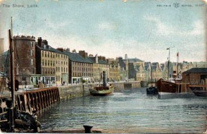 0_post_card_views_wr_and_s_leith_the_shore_1905