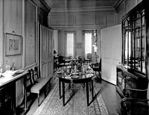 Interior of the Schwab'es home at Cheyne Walk